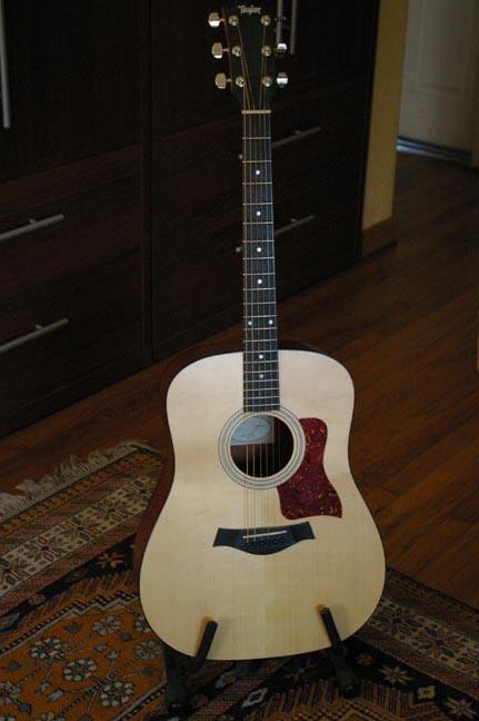 Taylor 110 Acoustic